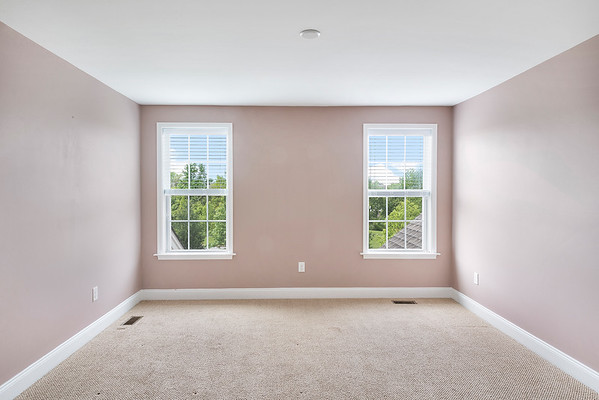 Redfin Barbara Berue 218 Hopewell Dr Collegeville PA-online-13