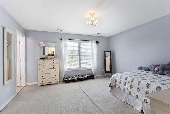 Redfin Darlene Schror 141 Parker Rd Long Valley NJ-online-17