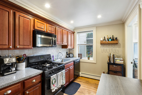 Redfin Kash Vaidya 145 Grand St Jersey City NJ-online-08