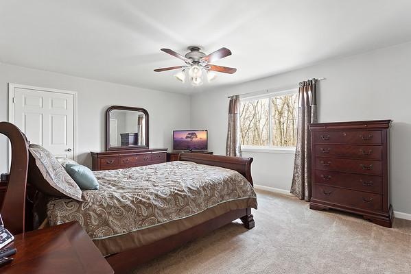 Weichert Realtors Jessica Wormeck 40 Blossom Rd Hampton NJ-online-14