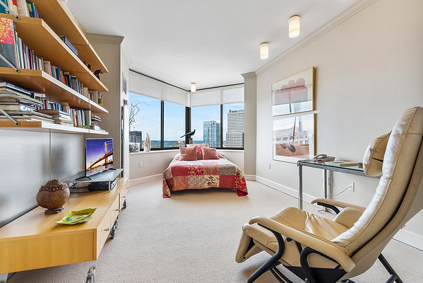 Jaime Hyman Berkshire Hathaway 210 W Rittenhouse-online-01