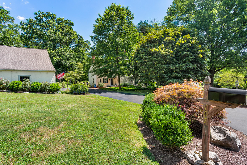 Holly Rehfuss Home Smart Realty 107 Clearview Ave Huntingdon Valley PA Exteriors-online-11
