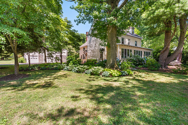 Holly Rehfuss Home Smart Realty 107 Clearview Ave Huntingdon Valley PA Exteriors-online-05