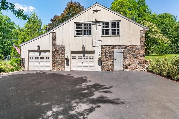 Holly Rehfuss Home Smart Realty 107 Clearview Ave Huntingdon Valley PA Exteriors-online-01