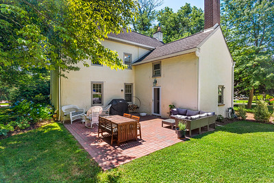 Holly Rehfuss Home Smart Realty 107 Clearview Ave Huntingdon Valley PA Exteriors-online-03
