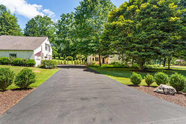Holly Rehfuss Home Smart Realty 107 Clearview Ave Huntingdon Valley PA Exteriors-online-09