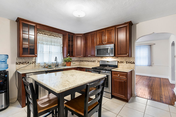 Larry Levin 801 Whitby Ave-online-09