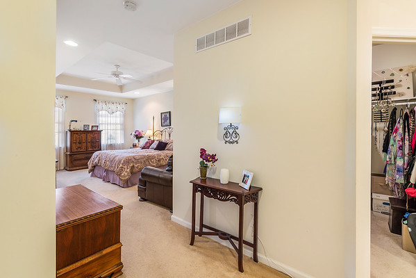 Heidi Heckler Redfin 228 Country Club Dr Telford PA-online-19