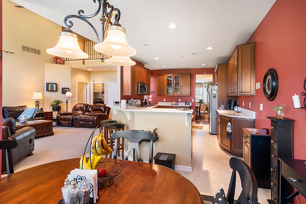 Heidi Heckler Redfin 228 Country Club Dr Telford PA-online-13