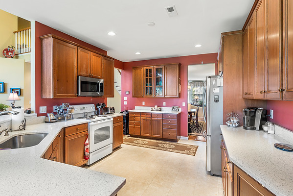 Heidi Heckler Redfin 228 Country Club Dr Telford PA-online-14