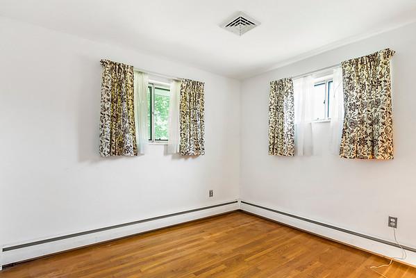 Redfin Jackie Wilfinger 103 Church Rd, Milford, NJ-online-12