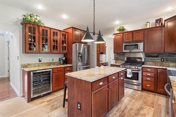 Travus Gehret Redfin 9279 Rosewood DR Lower Milford Twp PA 18036-online-09