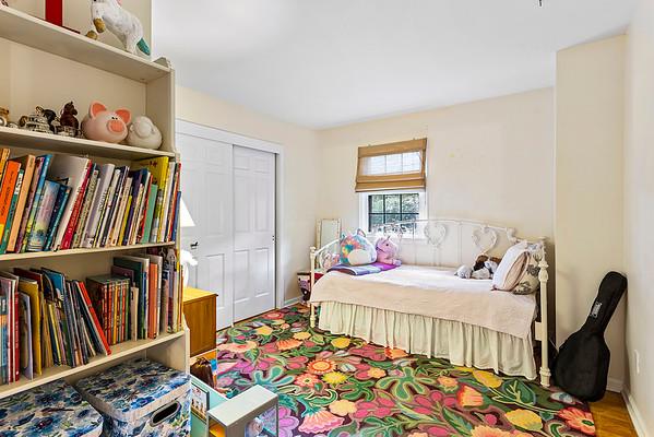 Jean Tozzi 433 Charlestown Rd, Hampton, NJ-online-23