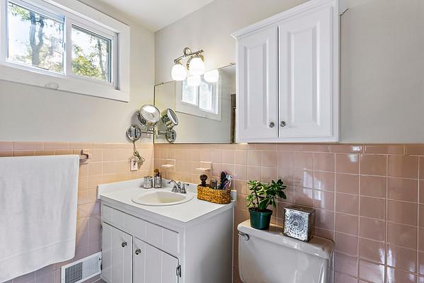 Jean Tozzi 433 Charlestown Rd, Hampton, NJ-online-21