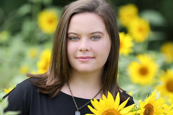 Lauren Sunflower Farm-1