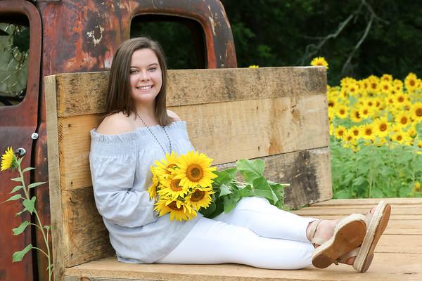 Lauren Sunflower Farm 7-4