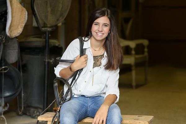 Amanda @ the barn-1