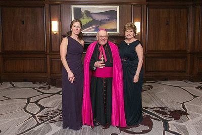 053f_IMG_2648_CatholicCharitiesBall2016_JeniferMorrisPhotography