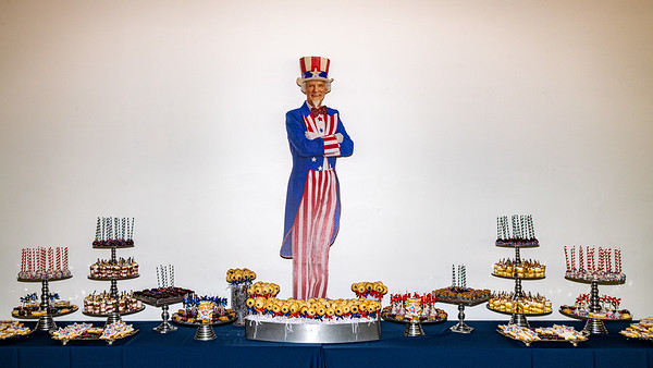 Uncle Sam  among the Bella Christie desserts