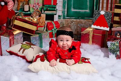 Maia_2019_Christmas_012-5075