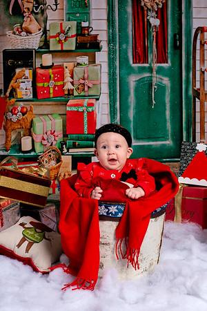 Maia_2019_Christmas_004-5067