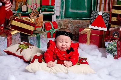 Maia_2019_Christmas_013-5076