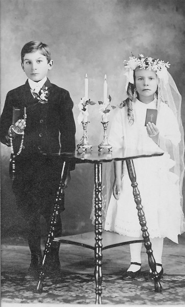 Harry and Gesina Vanderlinde on their First Communion day Circa 1917