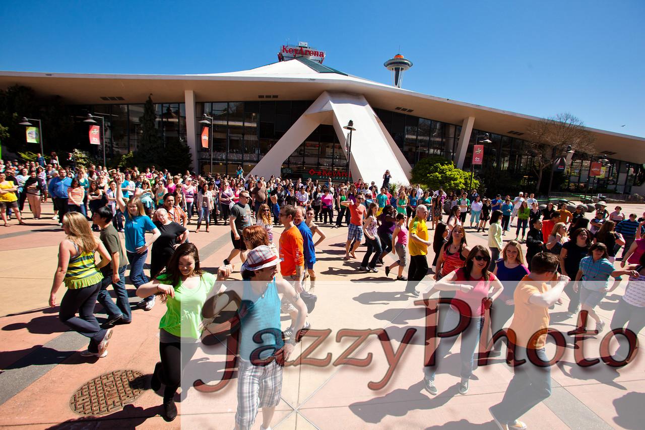 GleeFlashMob2012-4648