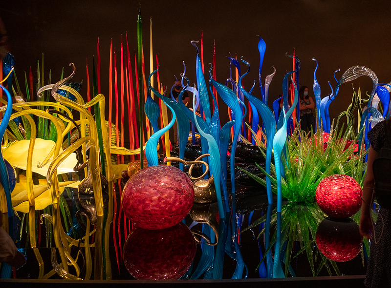 CHIHULY-1754