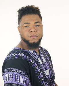 Darrion Headshot 2018-15