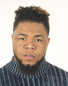 Darrion Headshot 2018-25