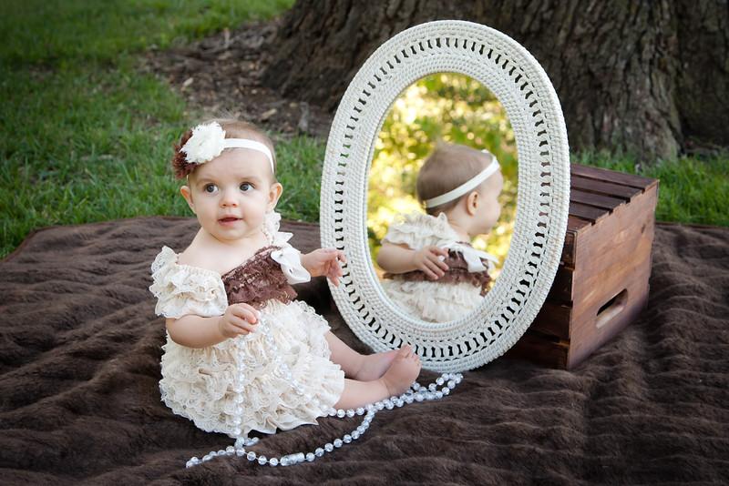 Ashlyn's 9 month pics