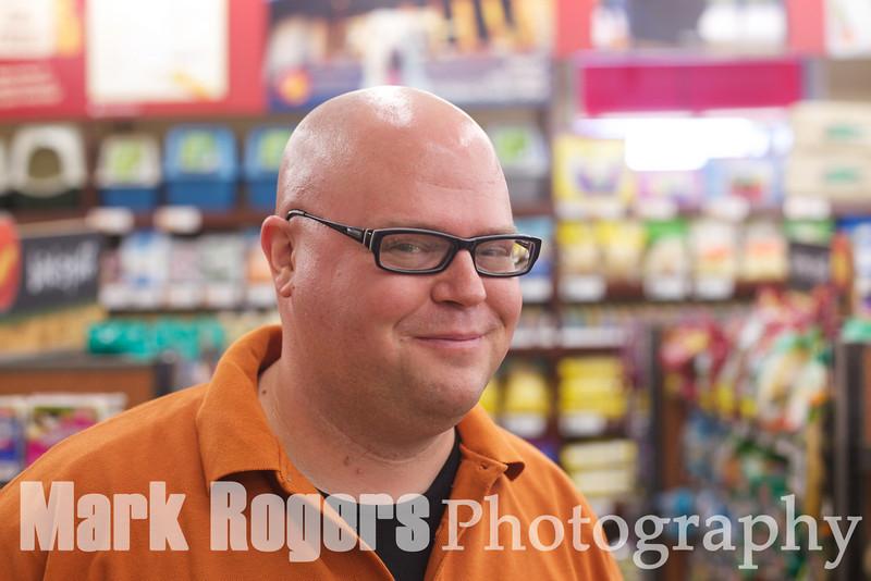 Corey Stulce, Burlingame Pet Food Express Store Manager