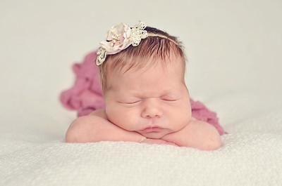Laken Heinemann | Newborn