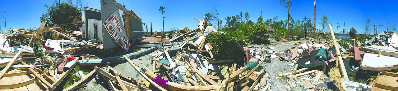 Panorama views of destruction