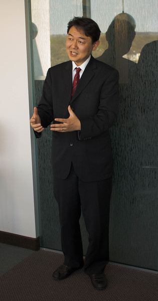 Tatsushi Arai. Handout