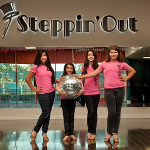 20120509SteppinOutBallroomDSC_0048