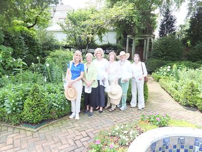 walk in garden 6 members