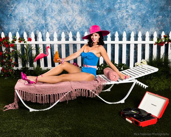 Lisa Cannon - Showgirl, K P Impersonator, etc...