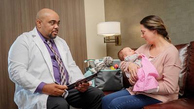 120117_14191_Hospital_Doctor Mom Baby