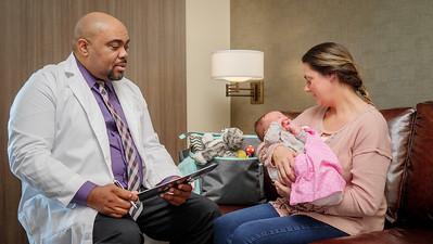 120117_14225_Hospital_Doctor Mom Baby