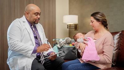 120117_14264_Hospital_Doctor Mom Baby