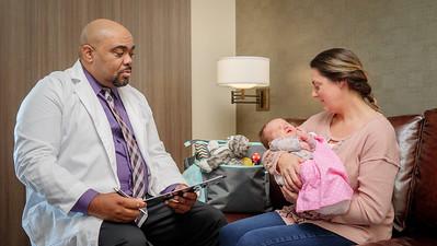 120117_14209_Hospital_Doctor Mom Baby