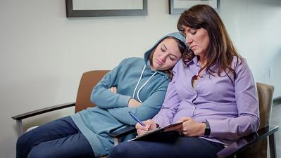 120117_15237_Hospital_Mom Daughter ER
