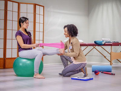 112917_05465_Yoga_Physical Therapy