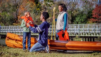 112917_01392_Park_Family Canoe