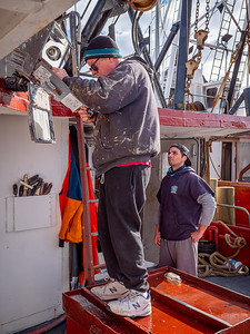 Captain Art Machulsky and deck hand Rich Kreyling on the Provider III