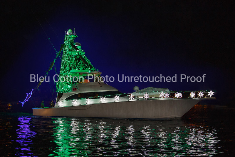060R_8x12_BestYachtClubEntry_AnimationAndSpecialEffects1stPlace_BoatParade_2017_BleuCottonPhotoInc_R_#66Quitena