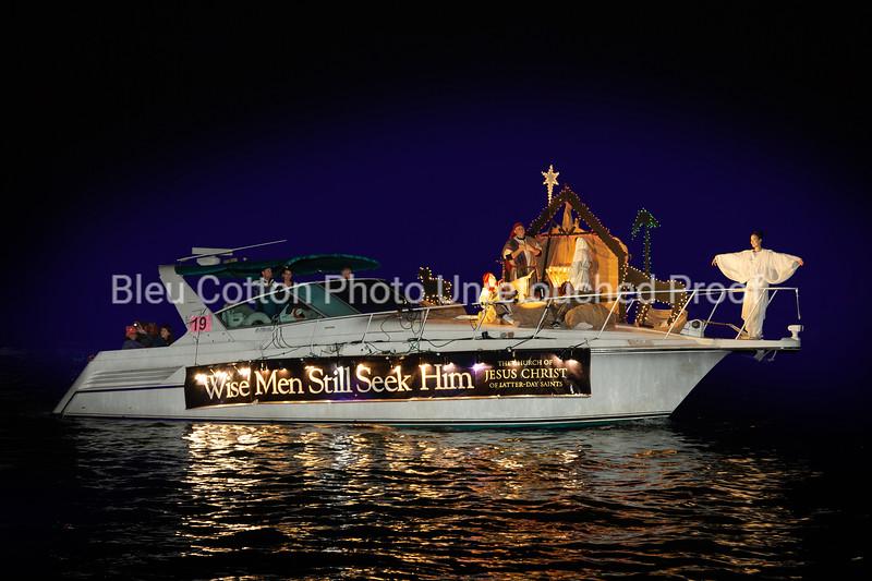 3I7A0115RB_2ndPlaceAnimationAndSpecialEffects_NB_Boat Parade_2018_BleuCottonPhoto_#19_LightTheWorld