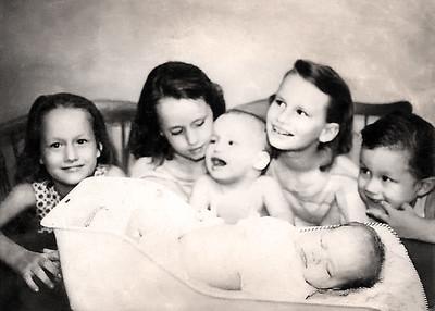 Sharon Nothenagel Family Scan Orig KK 5x7